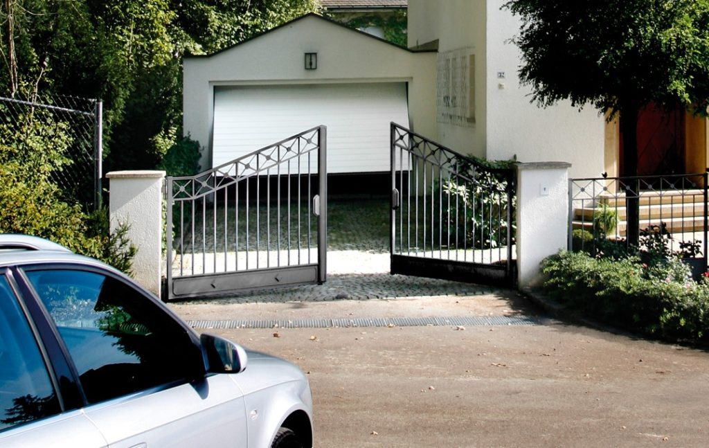 Kiemo vartų automatika Sommer